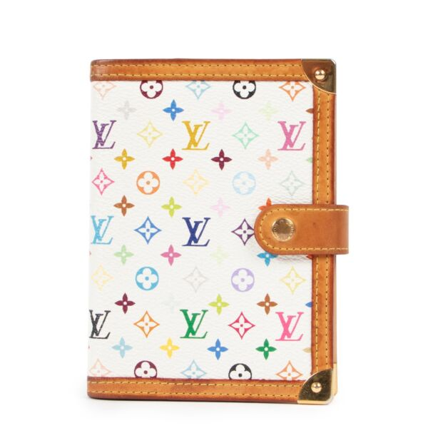 Shop safe online at Labellov in Antwerp this 100% authentic second hand Louis Vuitton Murakami Agenda