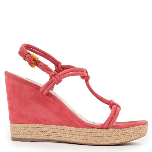 Shop safe online 100% authentic second hand Prada Pink Wedge Heels - Size 37,5 in very good condition at the right price at Labellov in Antwerp.