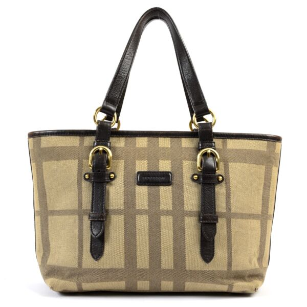 Shop safe online at Labellov in Antwerp this 100% authentic second hand Burberry Brown Canvas Top Handle