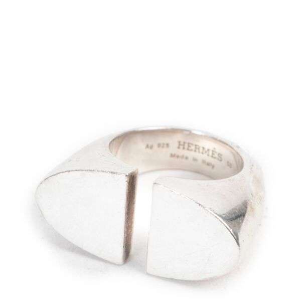 Shop safe online 100% authentic second hand Hermès Silver Ring - Size 53 in very good condition at the right price at Labellov inAntwerp.