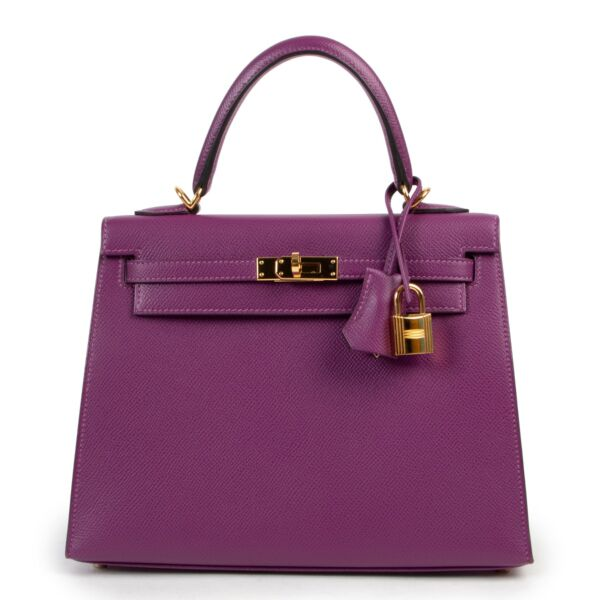 Hermès Kelly 25 Sellier Anemone Epsom GHW for the best price available at Labellov secondhand luxury in Antwerp