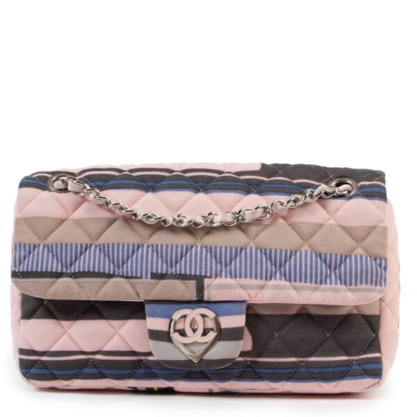 buy authentic second hand Chanel Cruise 2009 CC Heart Printed Jersey Medium Flap Bag at Labellov for the best price
