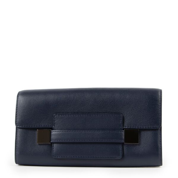 Shop and sell authentic second hand Delvaux Madame Navy Long Wallet at Labellov for the best price