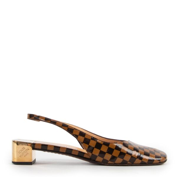 Shop safe online at Labellov in Antwerp these 100% authentic Louis Vuitton Damier Patent Leather Heels - Size 39
