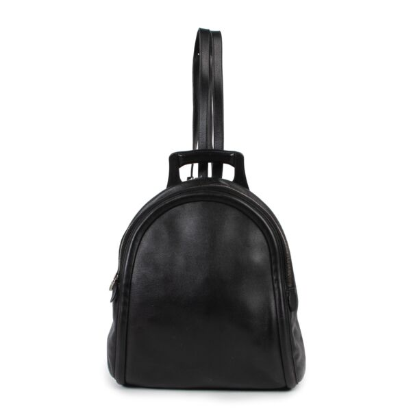 Shop safe online 100% authentic second hand in very good condition Delvaux Black Leather Backpack