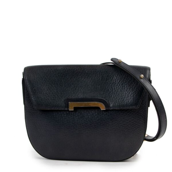 Buy and sell your designer items at Labellov online or in store. Get this Delvaux Blue Crossbody online for a reasonable price and in good preloved condition