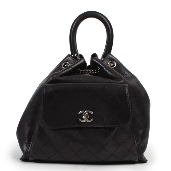 Shop safe online at Labellov in Antwerp this 100% authentic second hand Chanel Black Stitched Leather Urban Luxury Drawstring Backpack in as new condition.