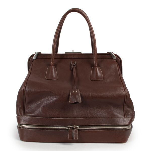 Shop safe online 100% authentic second hand Prada Brown Leather Cerniera Top Handle in very good condition.