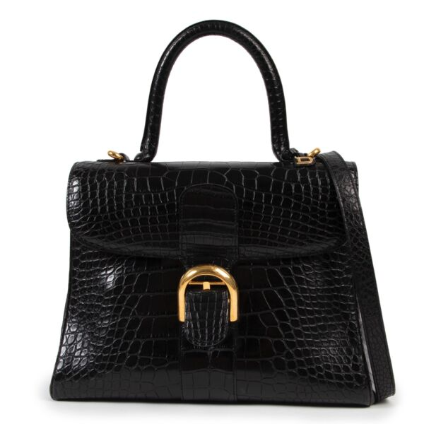 Shop safe online at Labellov in Antwerp this 100% authentic second hand Delvaux Black Croco MM Brillant + Strap