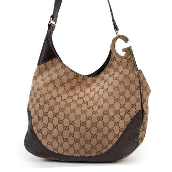 Gucci Monogram Shoulder bag online for the best price , shop vintage safe online secondhand at Labellov