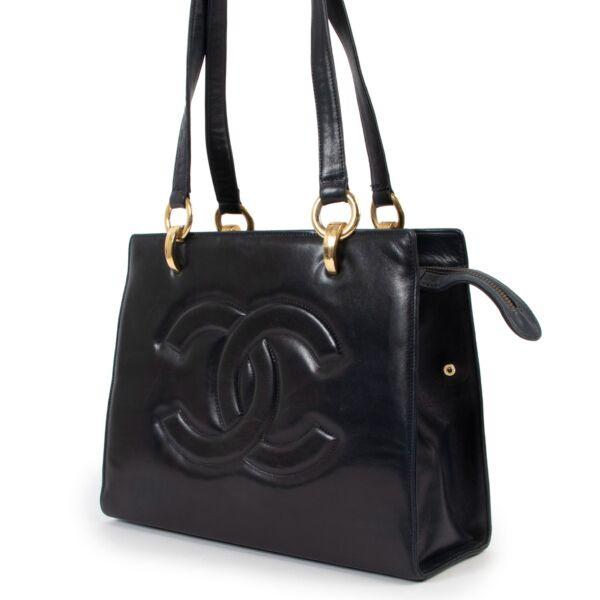 Chanel Navy Blue Leather CC Shoulder Bag