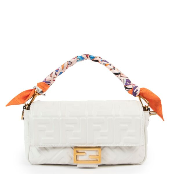 buy and sell your authentic designer Fendi White Baguette Shoulder Bag + Multicolor Wrappy for the best price at Labellov secondhand luxury in Antwerp.