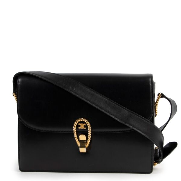 buy and sell second hand 100% authentic Celine Vintage Medium Triomphe Box Bag on Labellov.com