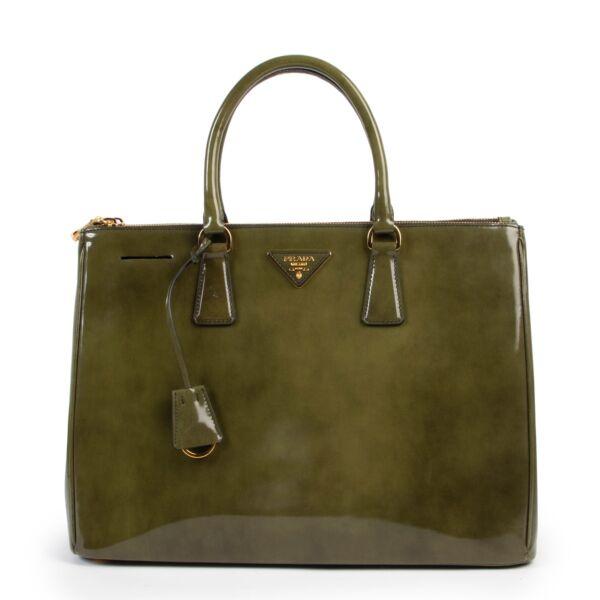 Shop safe online Prada Green Galleria Fum top handle bag, Prada bag in very good condition, Green Prada top handle bag in very good condition.