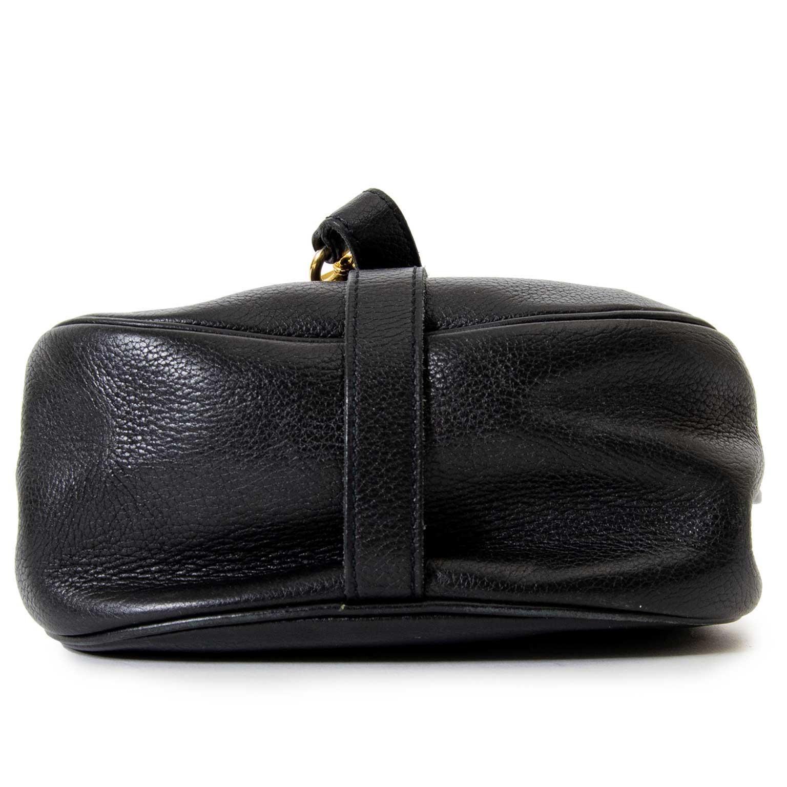 06bdc1bec9c7 Labellov Buy authentic vintagePrada designer bags