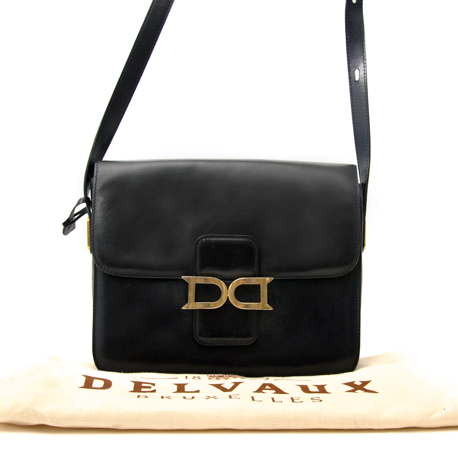 We buy and sell your secondhand Delvaux Navy Blue Bourgogne Bag for the best price