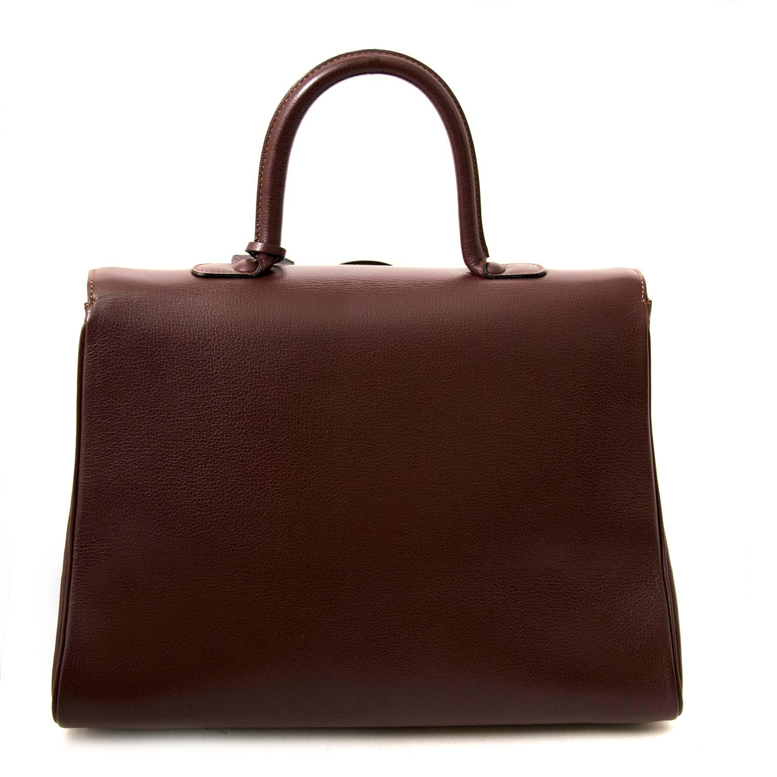 Koop en verkoop uw authentieke esigner tas