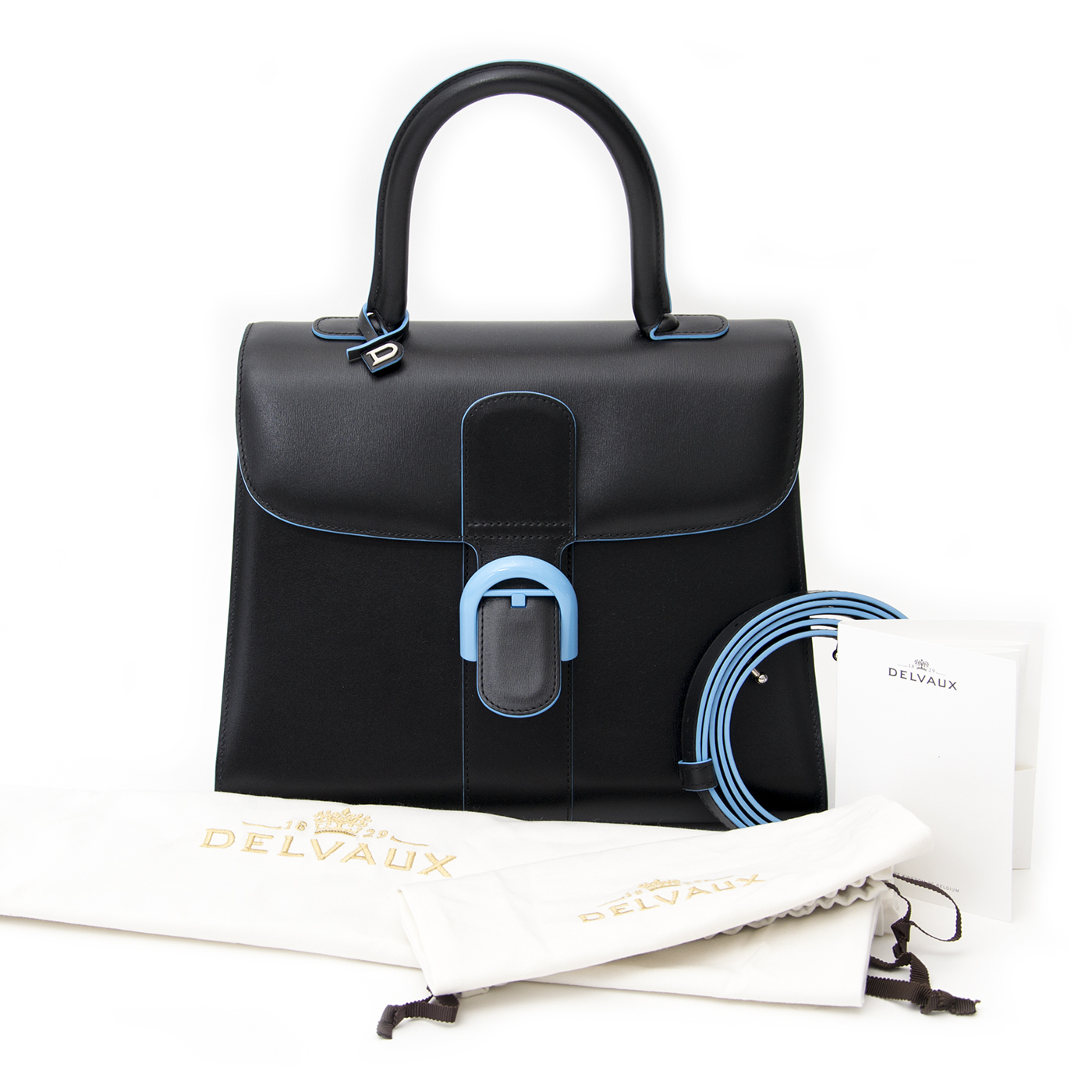 Buy authentic Delvaux Magritte at the right price at LabelLOV vintage webshop. Luxe, vintage, fashion. Safe and secure online shopping. Antwerp, Belgium.