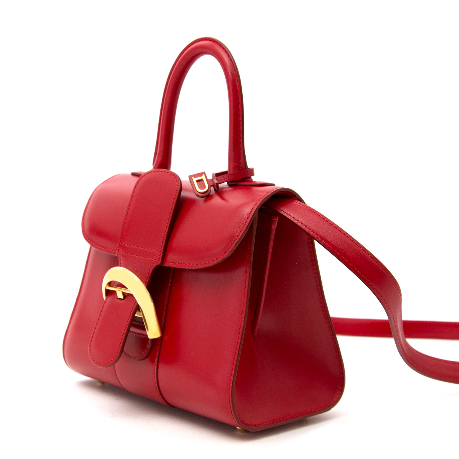 Vintage Delvaux Brillant red bag for the best price at Labellov webshop. Safe and secure online shopping with 100% authenticity. Vintage Delvaux Brillant rouge sac à main pour le meilleur prix.