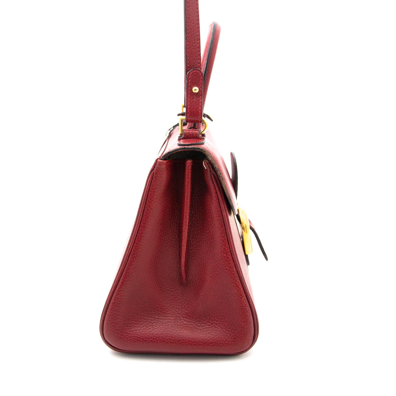 Koop uw delvaux brillant pm rode handtas nu online bij labellov.com tegen de beste prijs