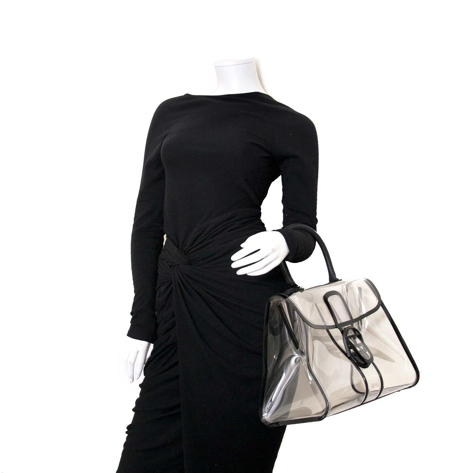 Koop en verkoop uw authentieke preloved Delvaux Xray aan de beste prijs bij Labellov luxe online