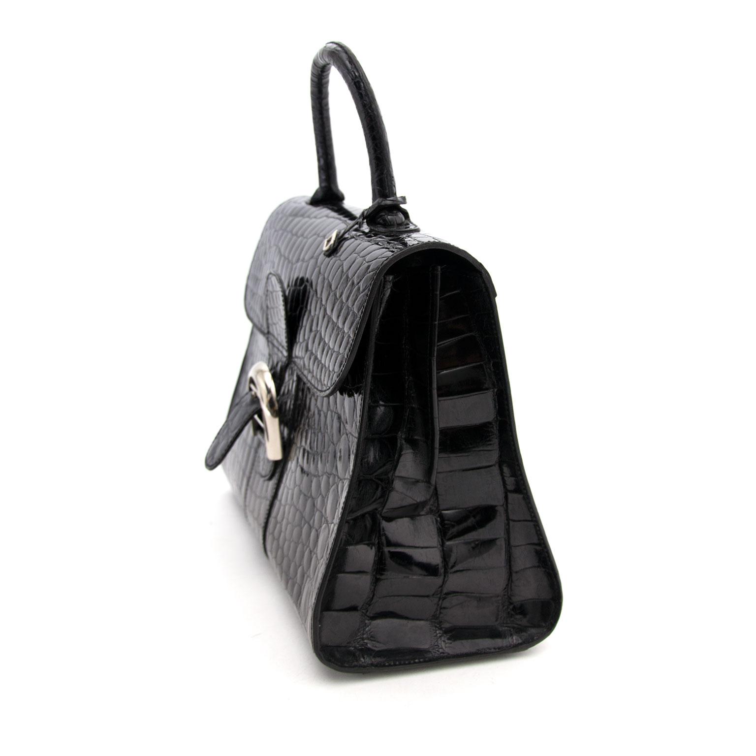 koop veilig online aan de beste prijs Delvaux Black Shiny Croco Brillant MM