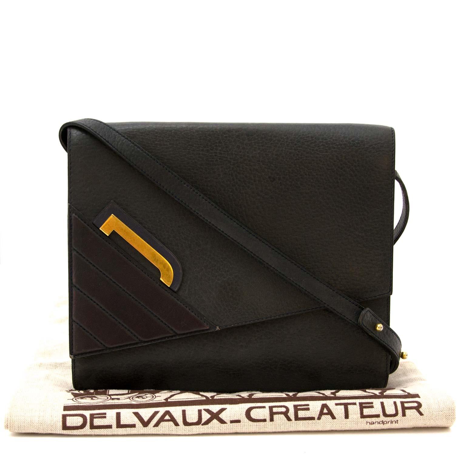koop veilig online jou tweedehands Delvaux Blue Greyish Leather Crossbody Bag