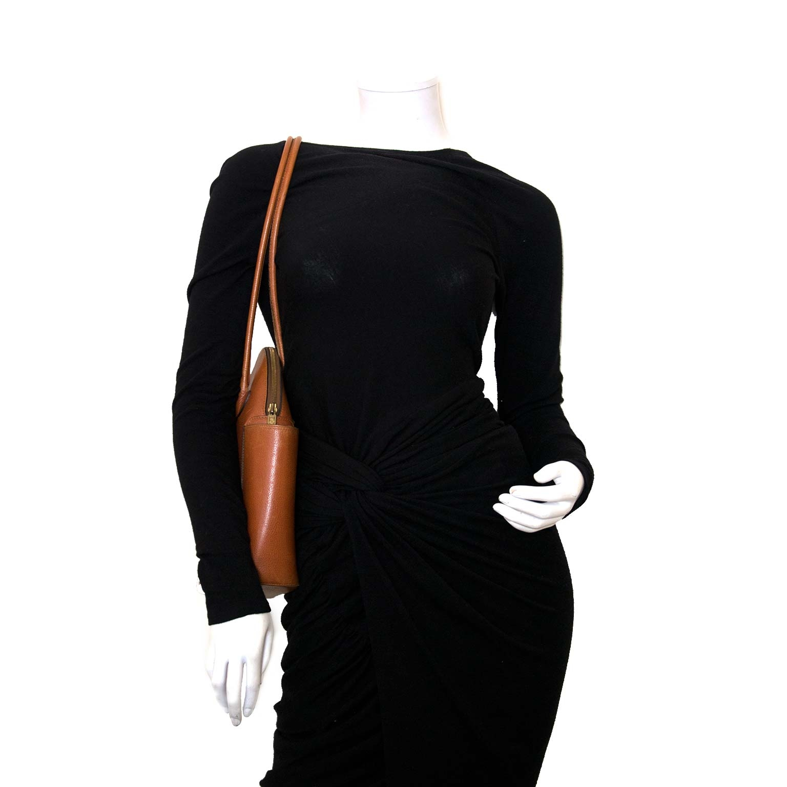 Vintage Delvaux Mousson bag at the authentic Labellov webshop.