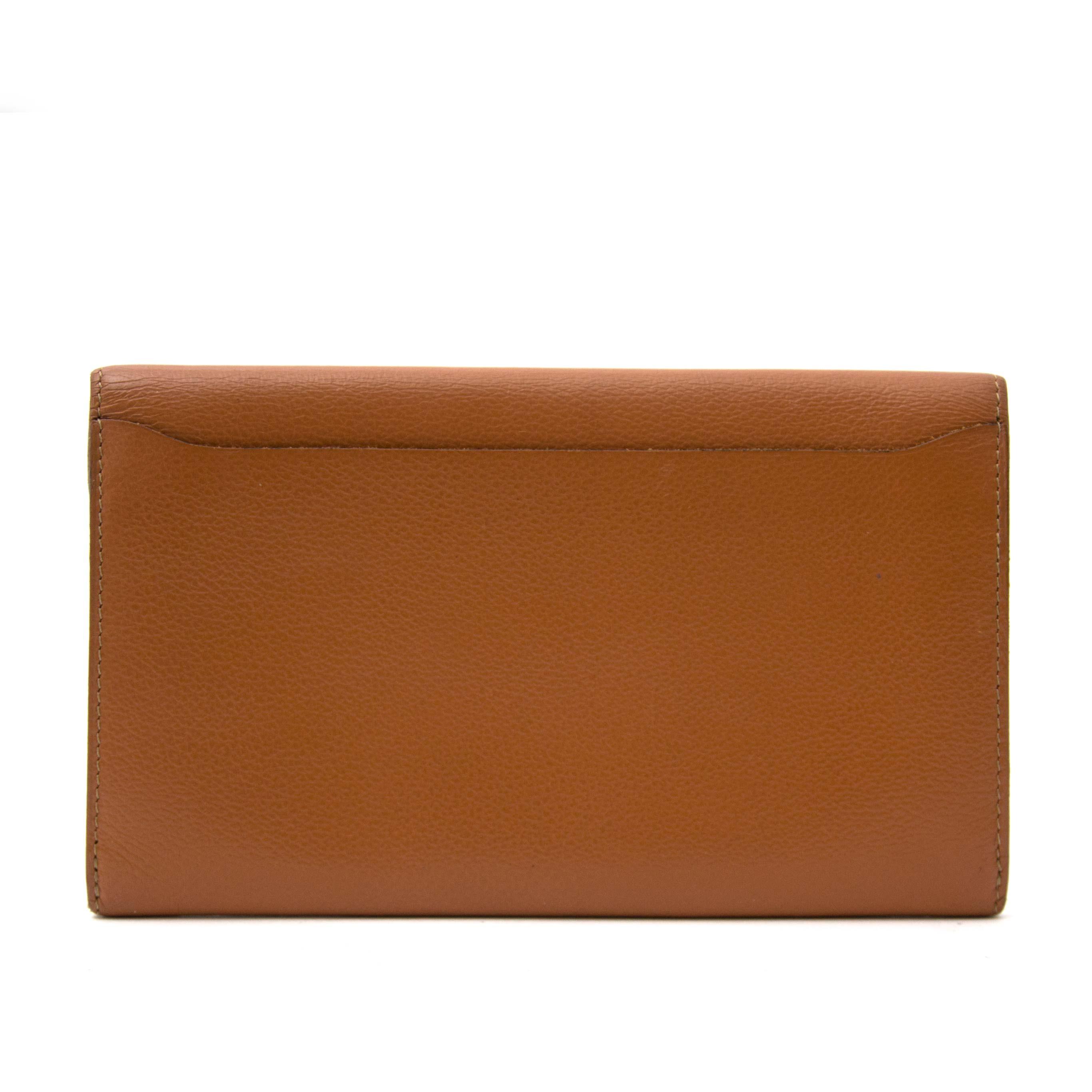 achetez enligne secondmain Delvaux Brown Wallet chez labellov.com