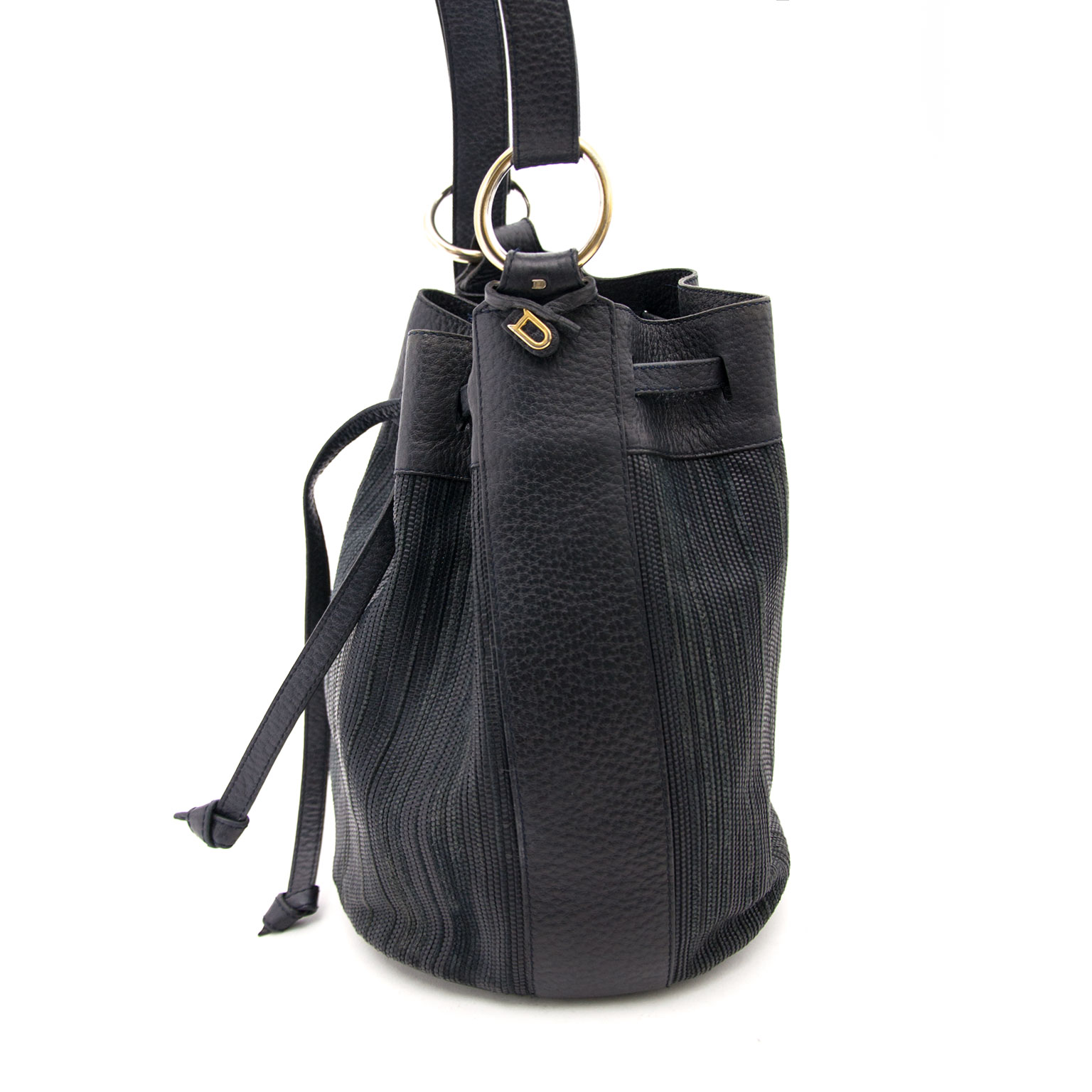 We buy and sell  your secondhand designer handbags for the best price such as Delvaux Toile de Cuir Bucket Bag