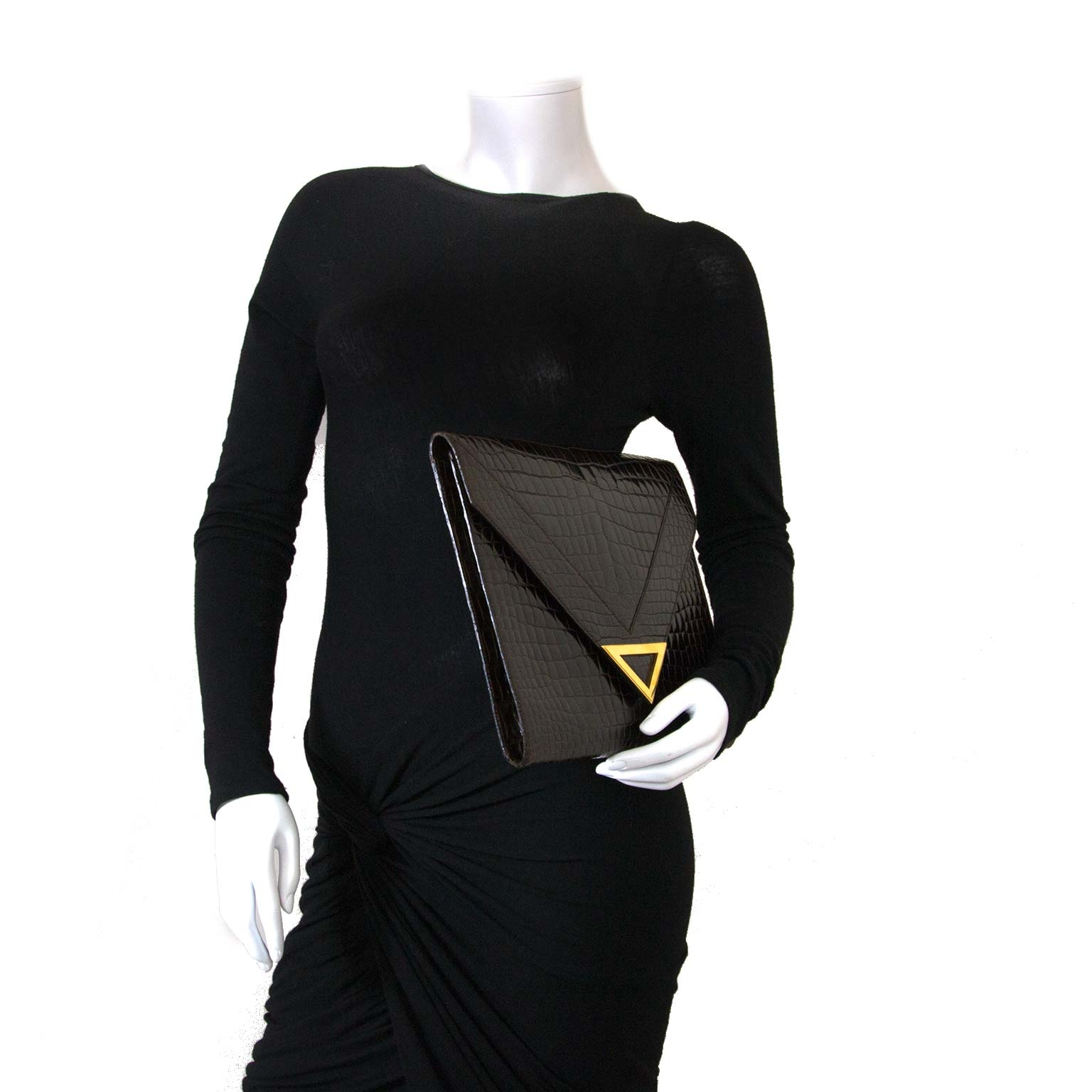Delvaux Brown Croco Clutch now for sale at labellov vintage fashion webshop belgium