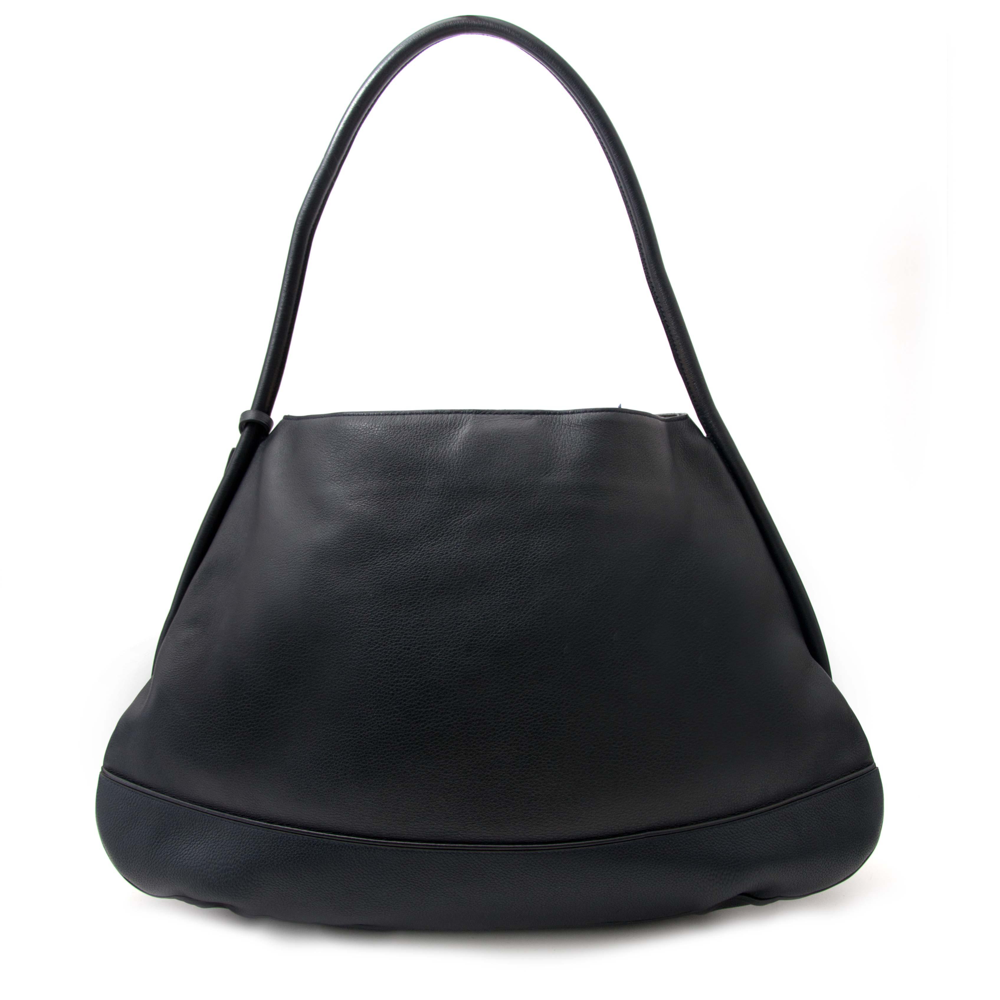 Tweedehands Delvaux Oversized Navy Blue Shoulder Bag for sale