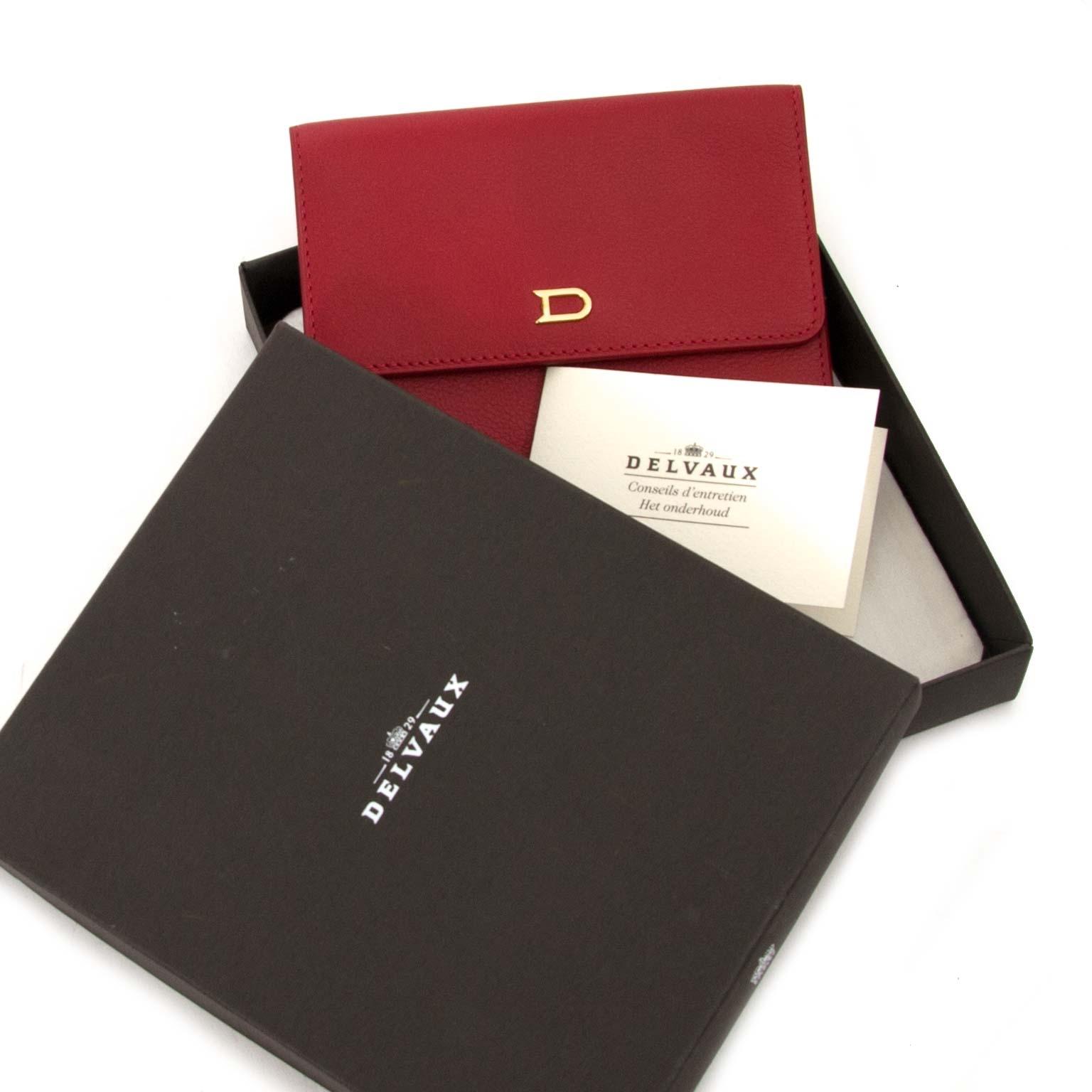 delvaux diabolo jumping rouge pouch now for sale at labellov vintage fashion webshop belgium