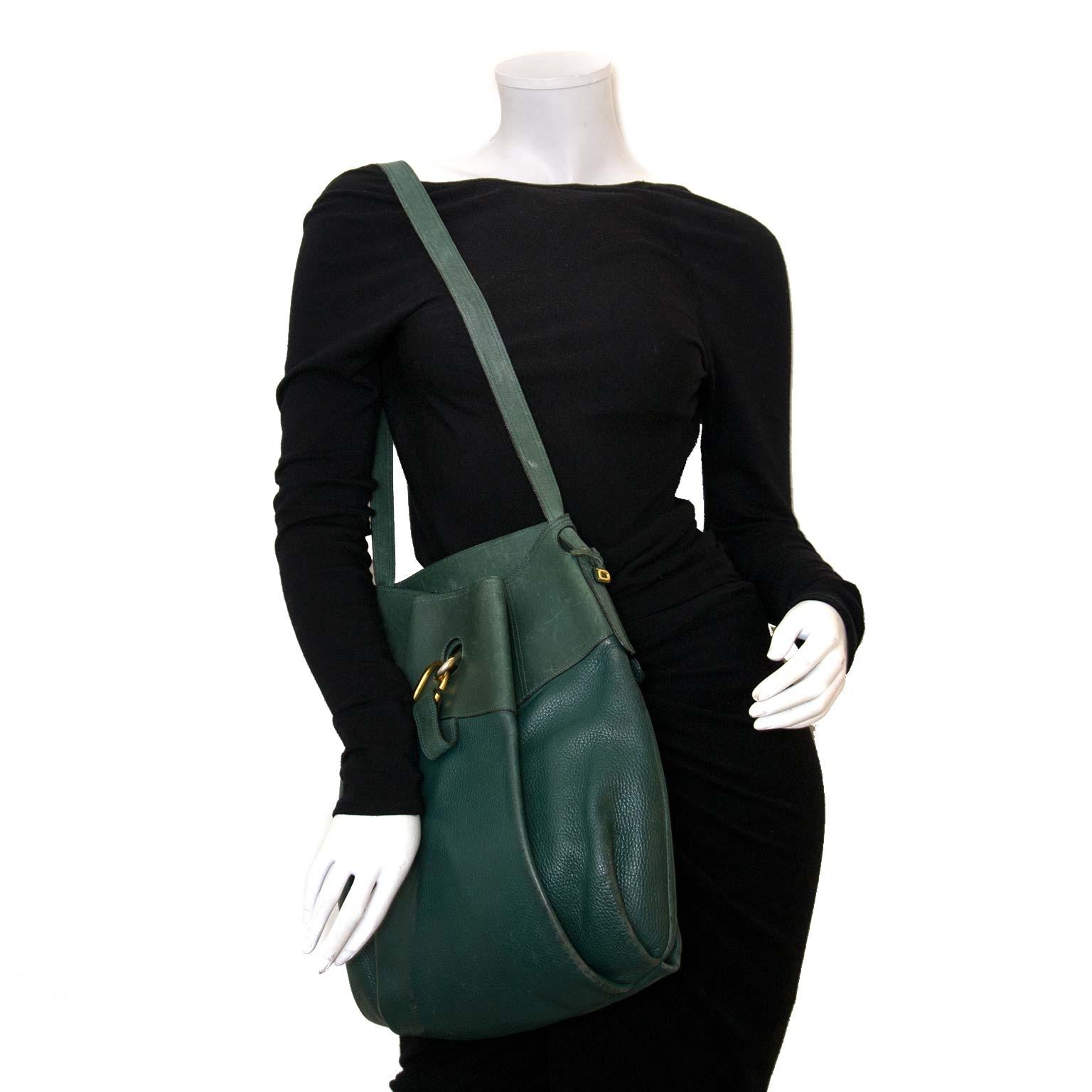 Koop authentieke Delvaux tassen bij Labellov vintage webshop