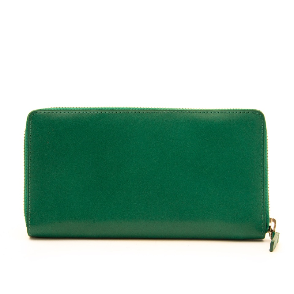 shop safe online at the best price Delvaux Green Zipper Wallet world wide shippin g