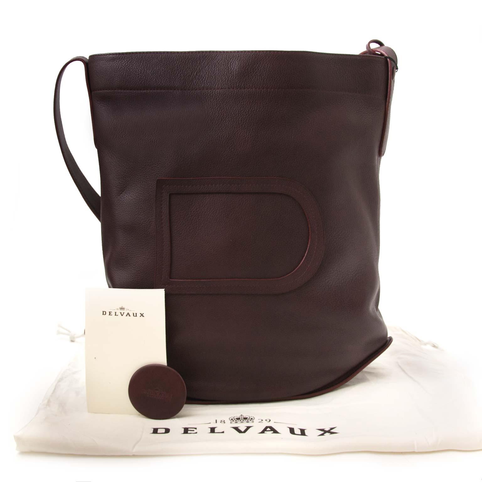 f56520b7515b Labellov Buy safe Delvaux designer vintage online. Vind tweedehands ...