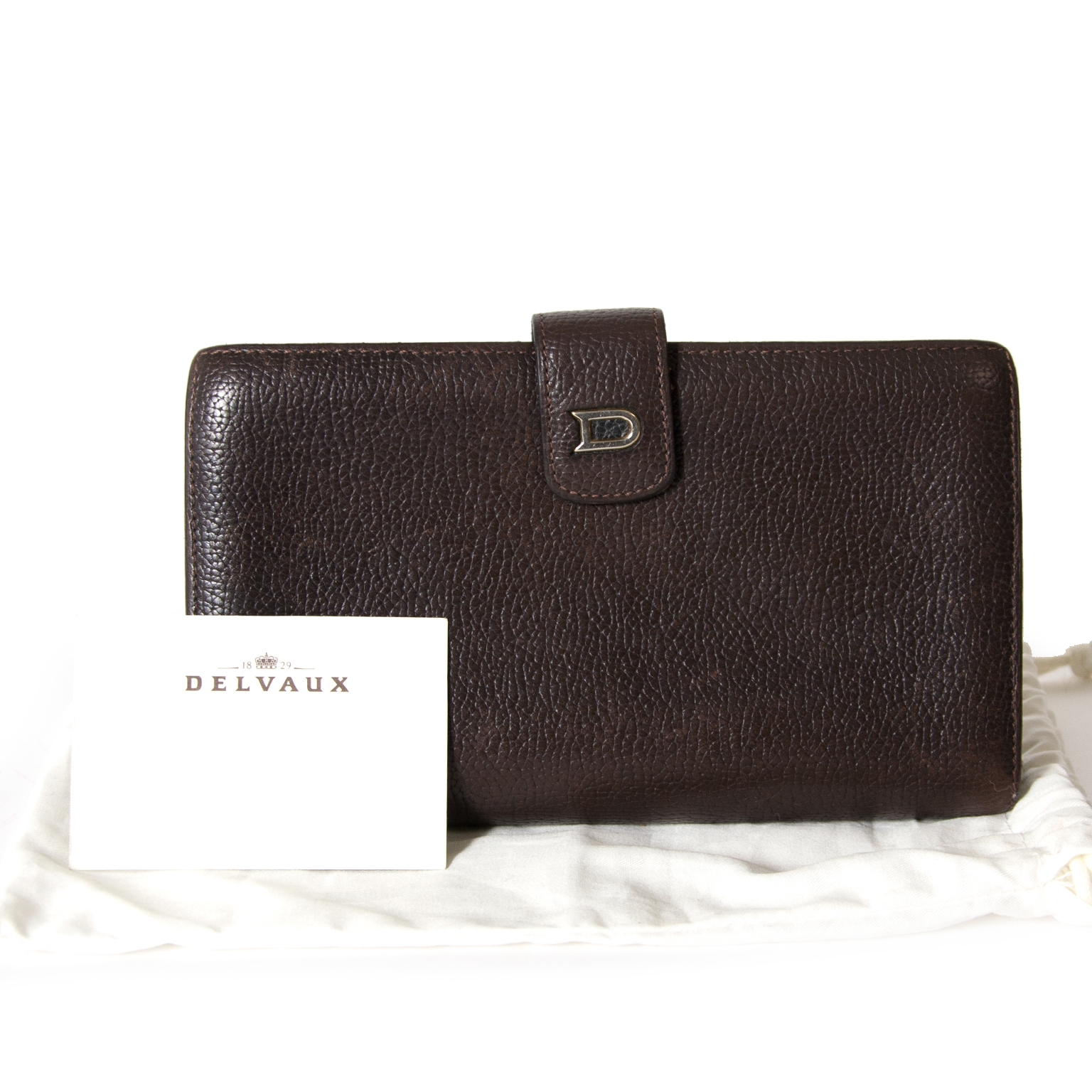 achetez Delvaux Dark Brown Wallet chez labellov pour le meileur prix