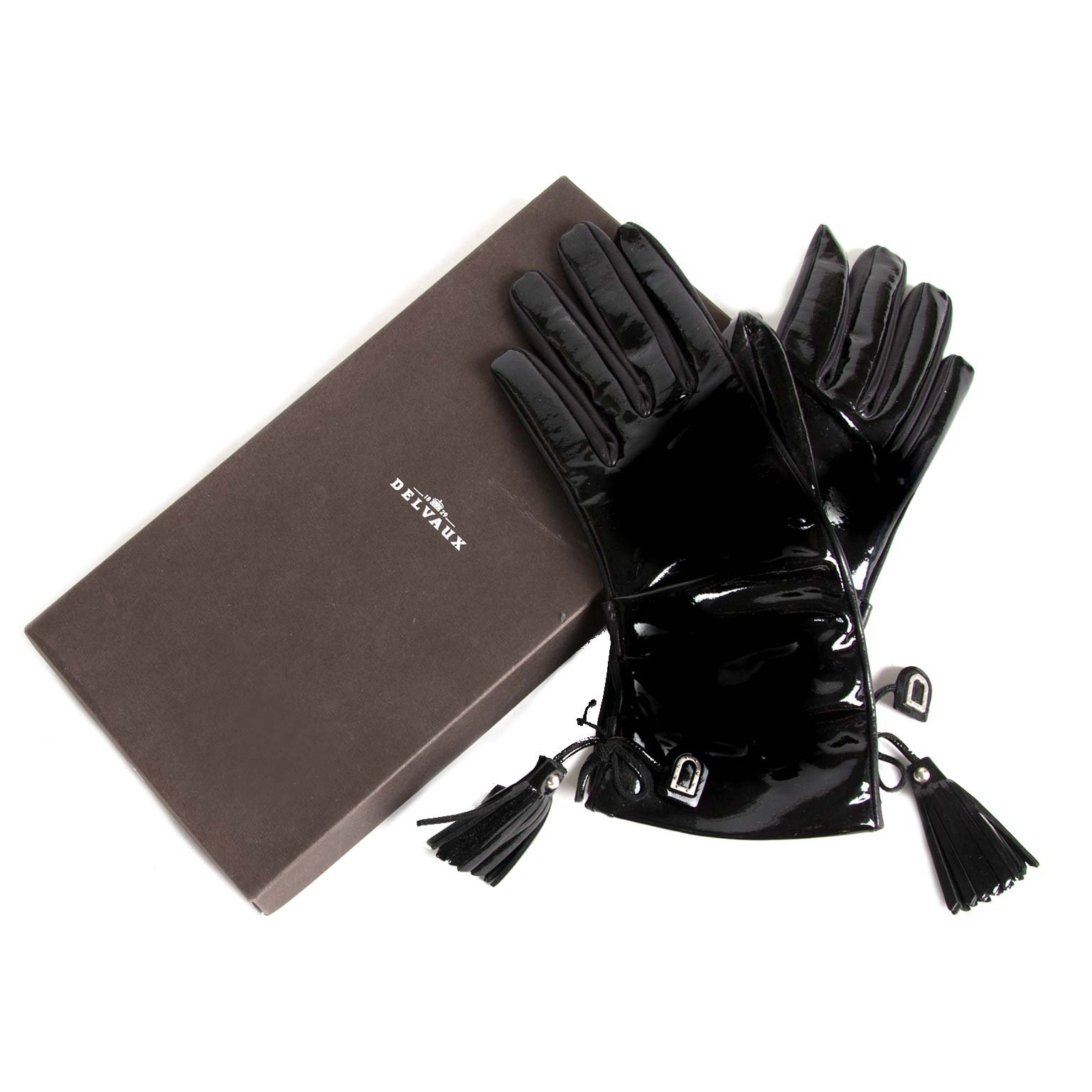 delvaux black leather vernis gloves now for sale at labellov vintage fashion webshop belgium
