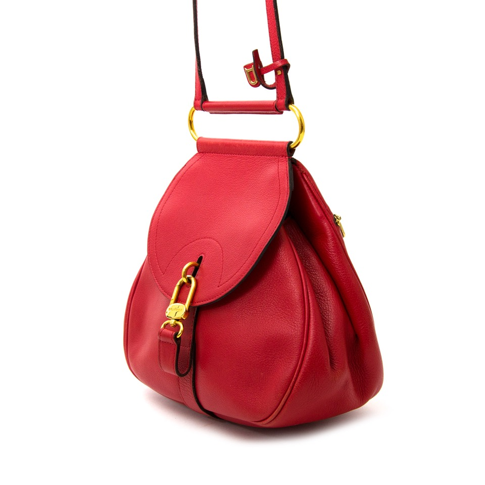 Looking for an authentic designer purse? Get your hands on the Delvaux Mini Red Cerceau Jumping Bag