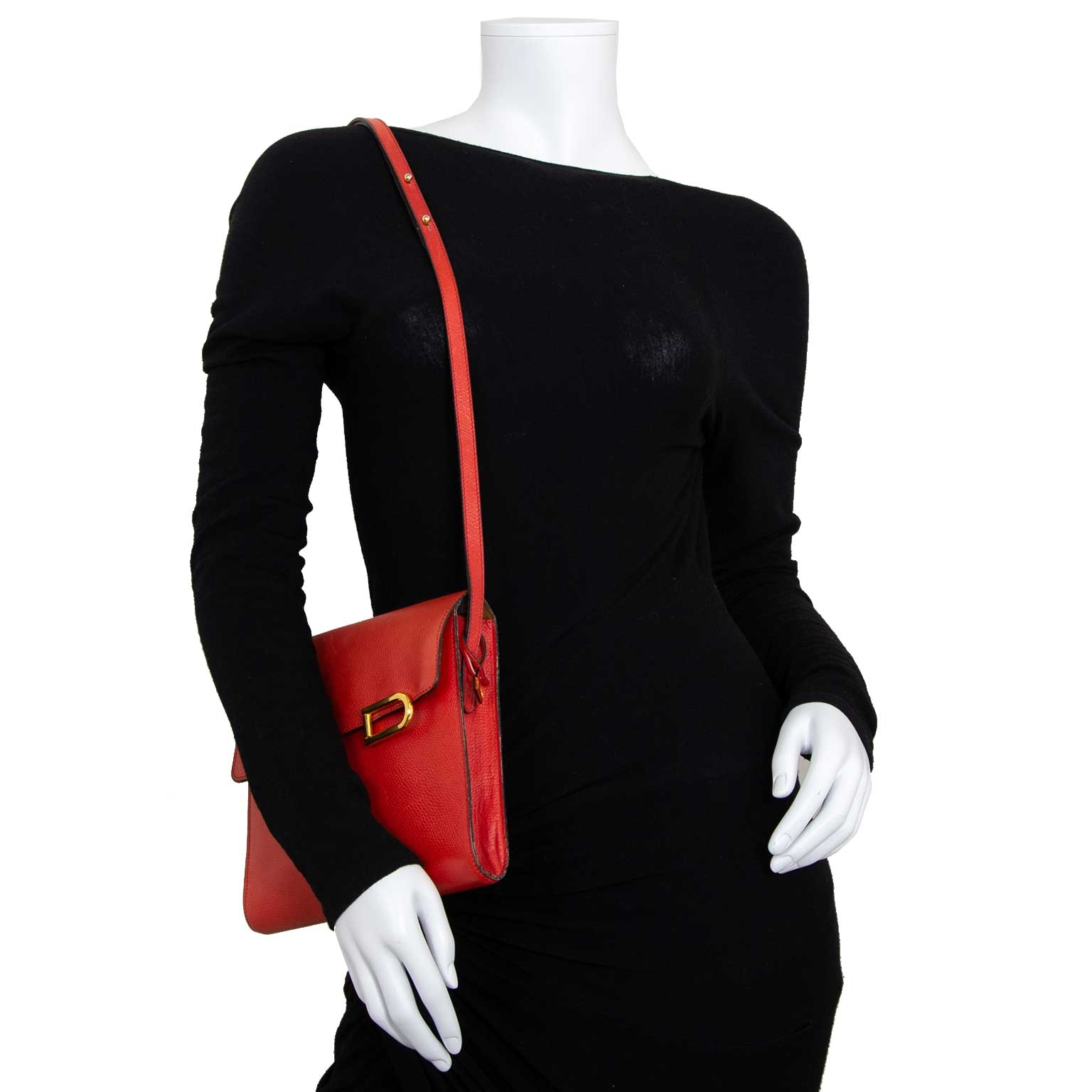 delvaux red leather crossbody bag now for sale at labellov vintage fashion webshop belgium
