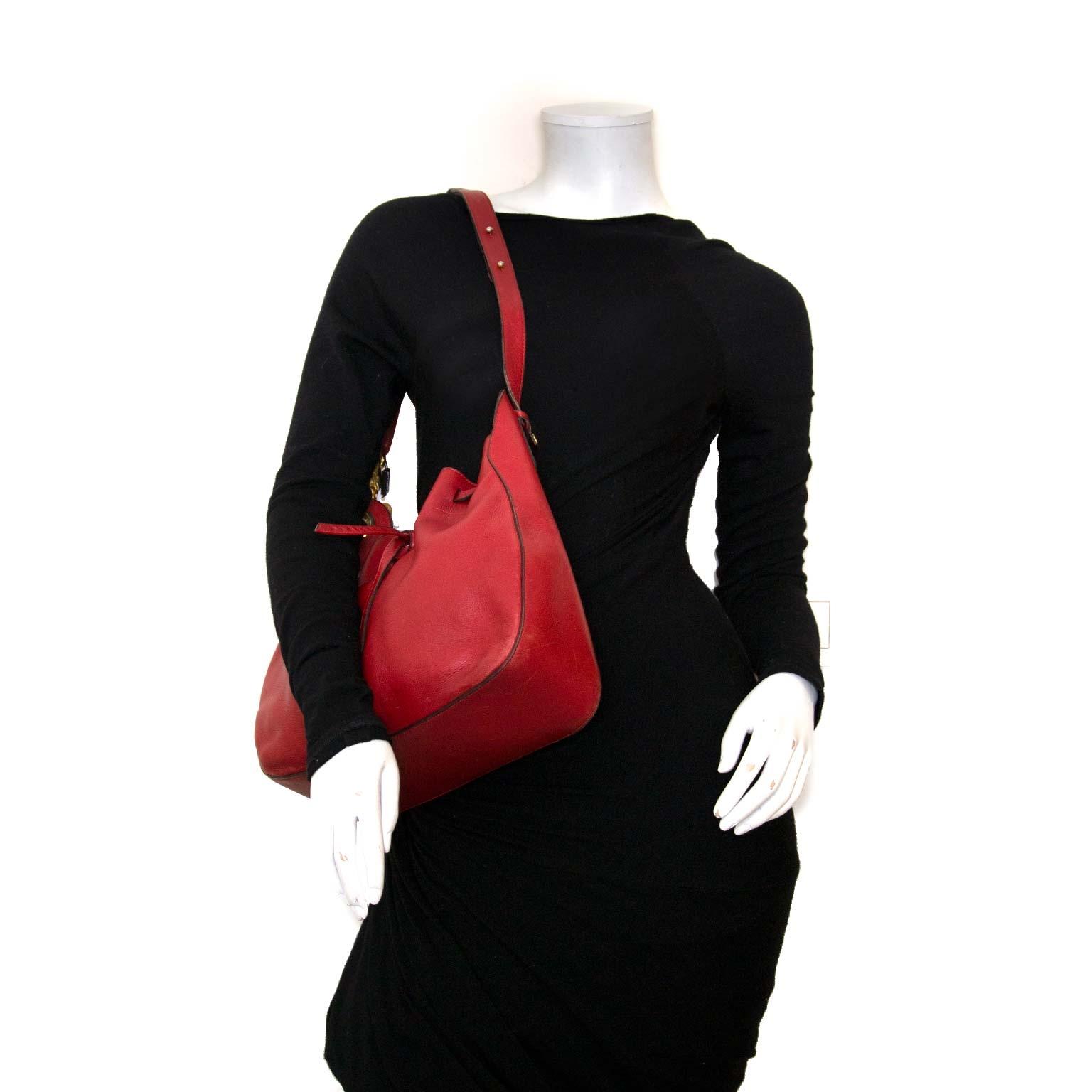 koop authentieke delvaux tassen bij labellov vintage mode webshop
