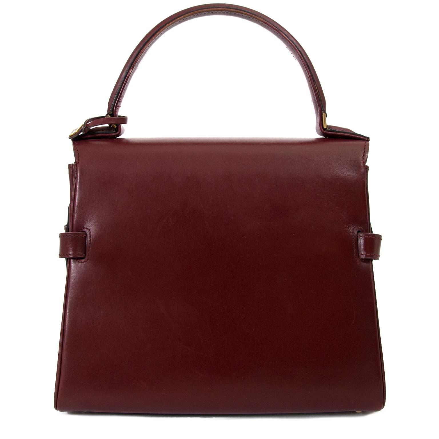 636f2d6bf3a69 ... best price at Labellov secondhand luxury in Antwerp Koop uw authentieke  designer handtassen aan de beste prijs bij Labellov · Delvaux