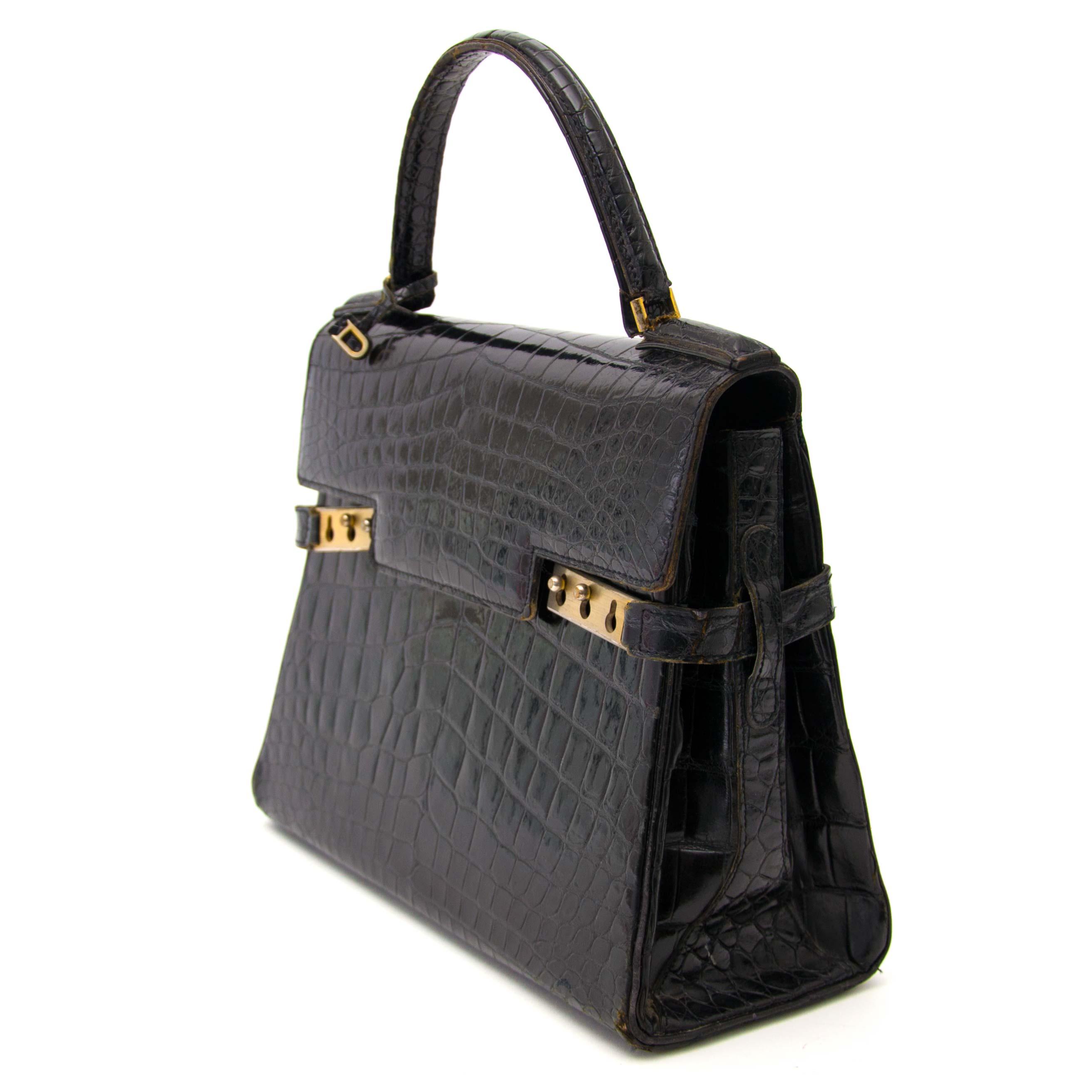 61a49cf28 Labellov Buy safe Delvaux designer vintage online. Vind tweedehands ...