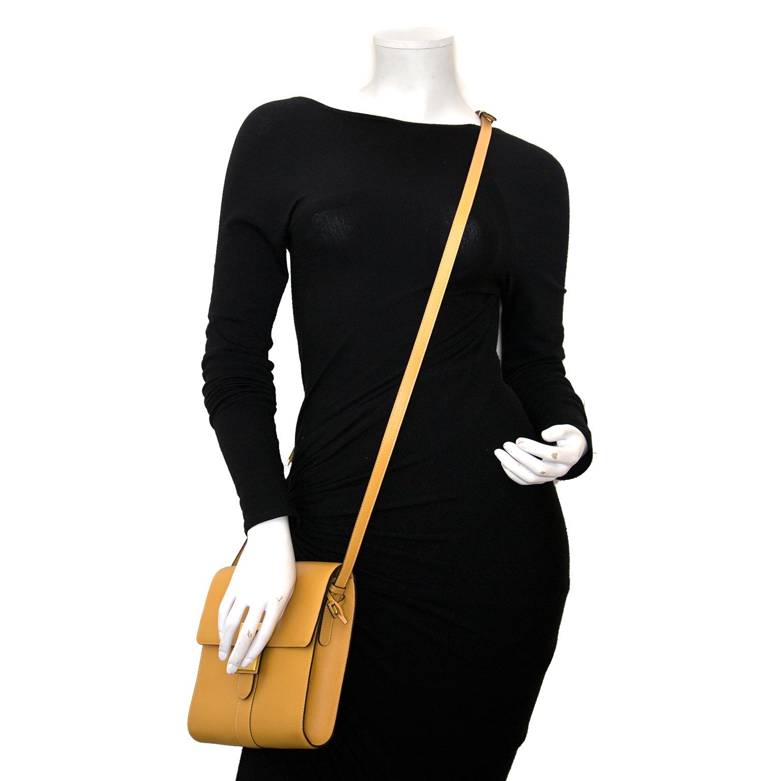 79c368fbfd68 ... Authentic Delvaux bag for sale online at Labellov secondhand vintage