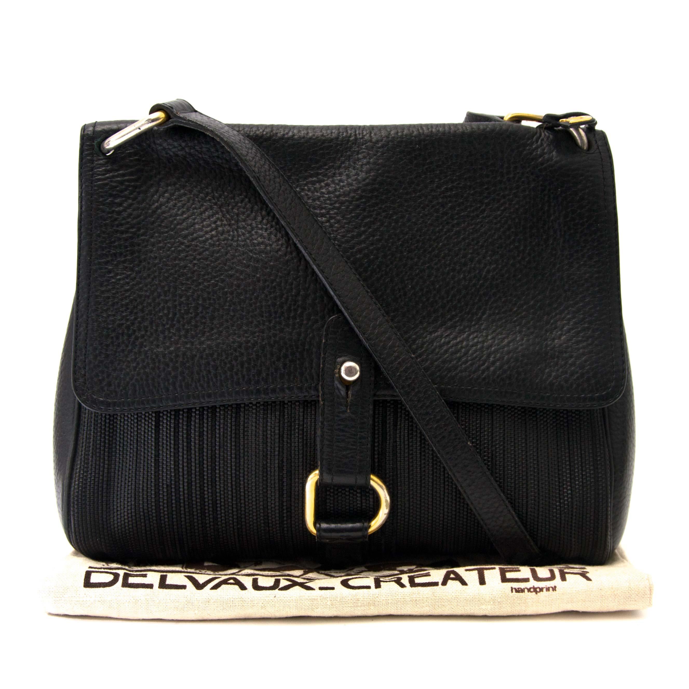 koop veilig online tegen de beste prijs Delvaux Toile De Cuire Messenger Bag