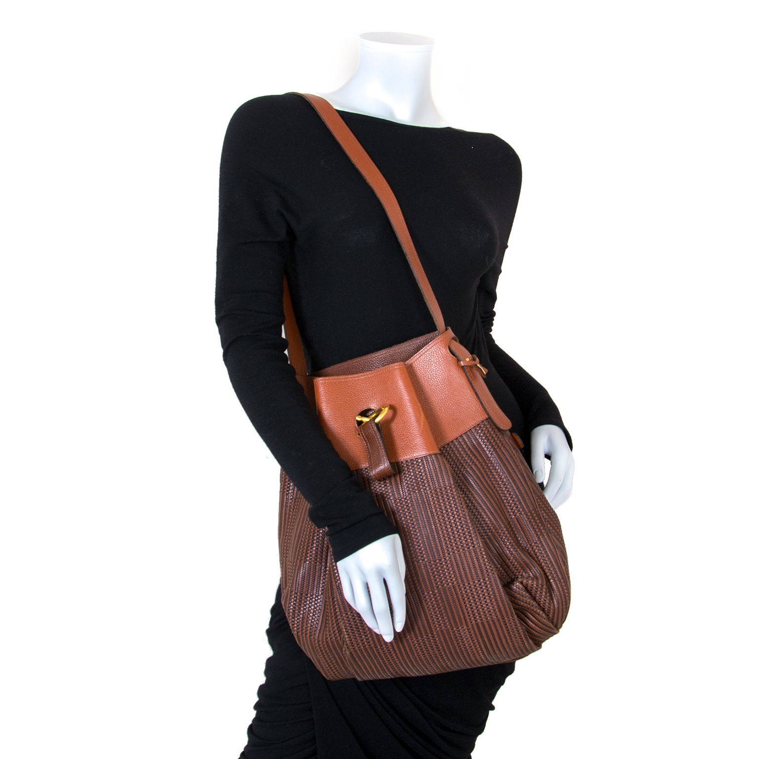 Delvaux Cognac Toile De Cuir Shoulderbag now for sale at labellov vintage fashion webshop belgium