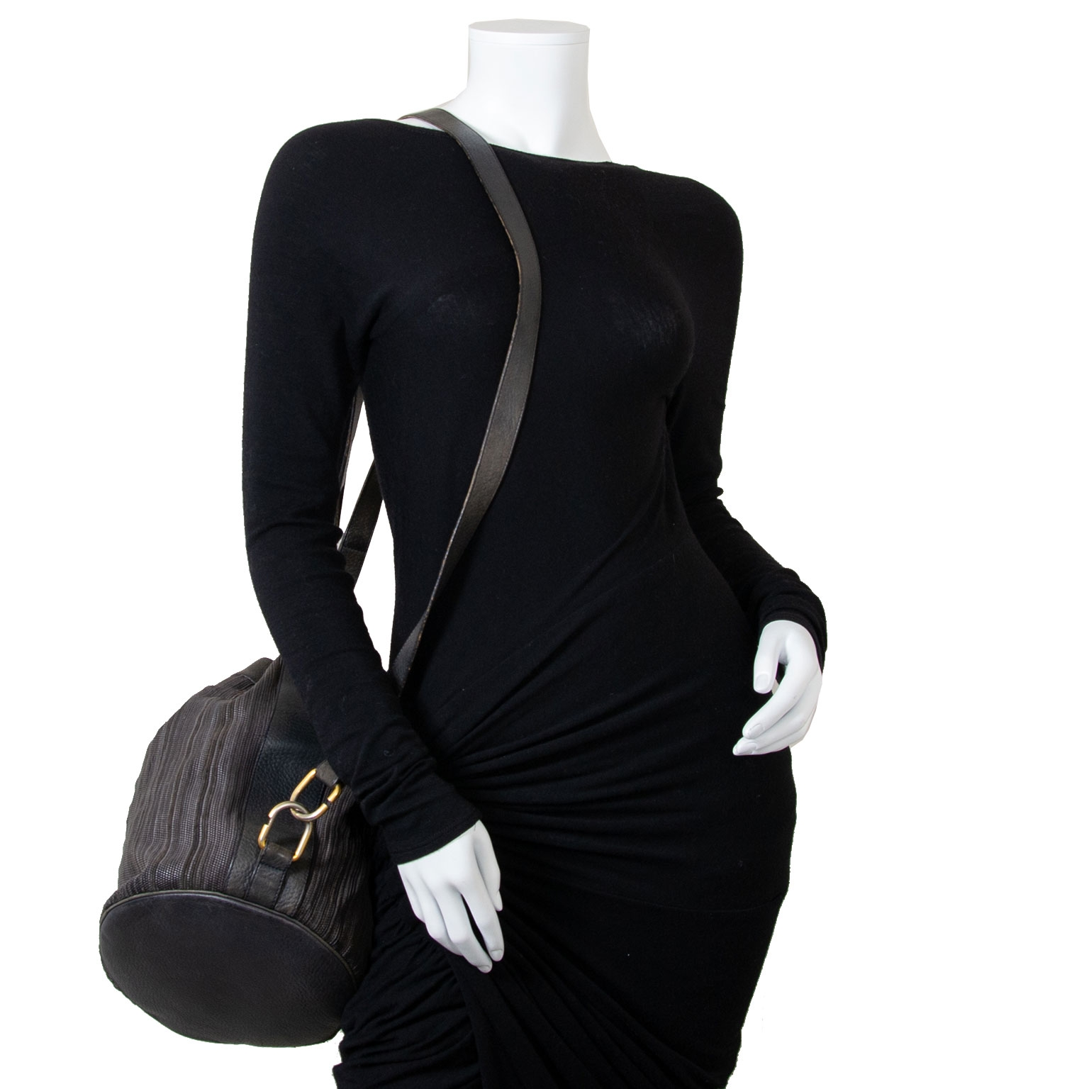 delvaux toile de cuir bucket bag now for sale at labellov vintage fashion webshop belgium