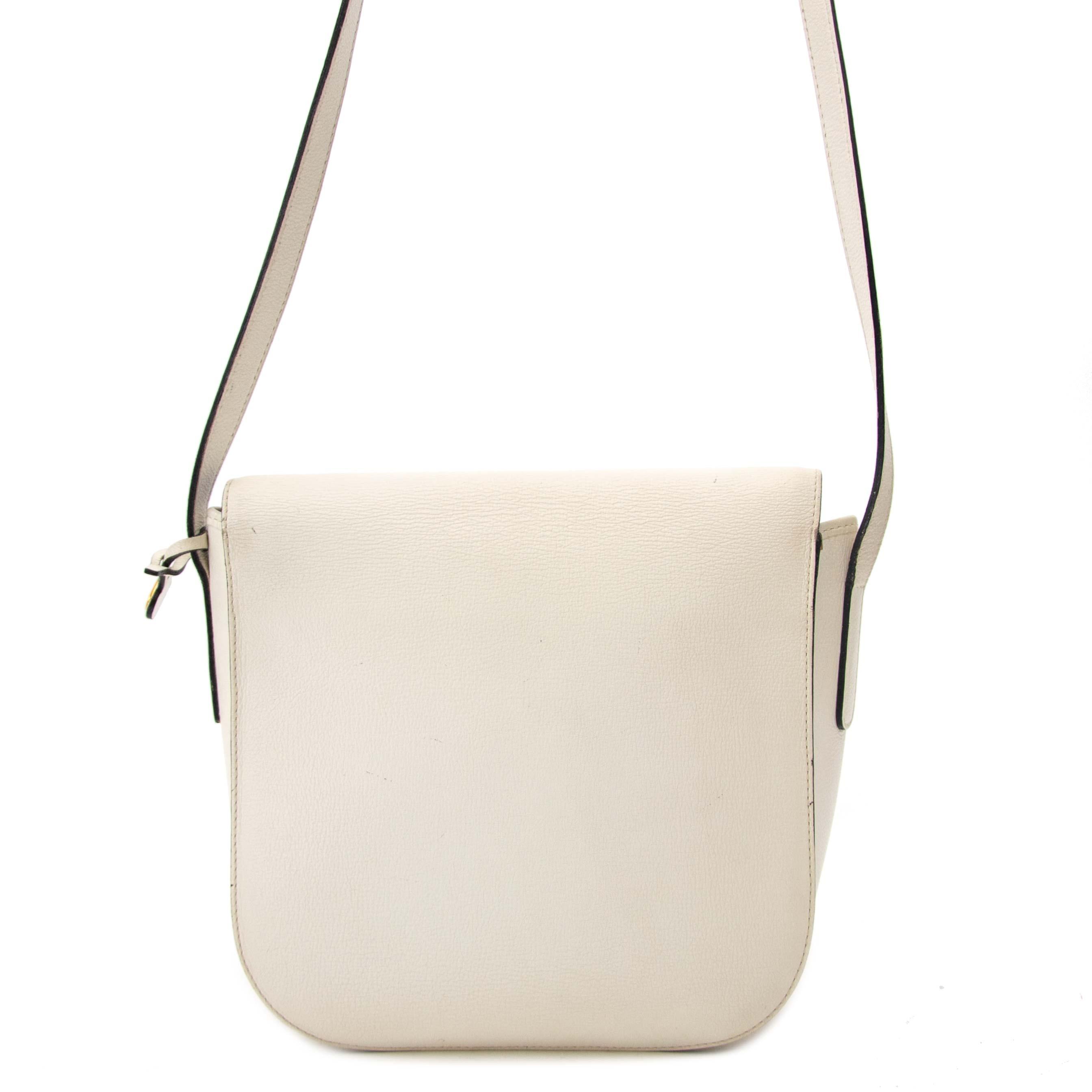 koop veilig Delvaux White Leather Crossbody Bag aan goede prijs bij Labellov in Antwerpen
