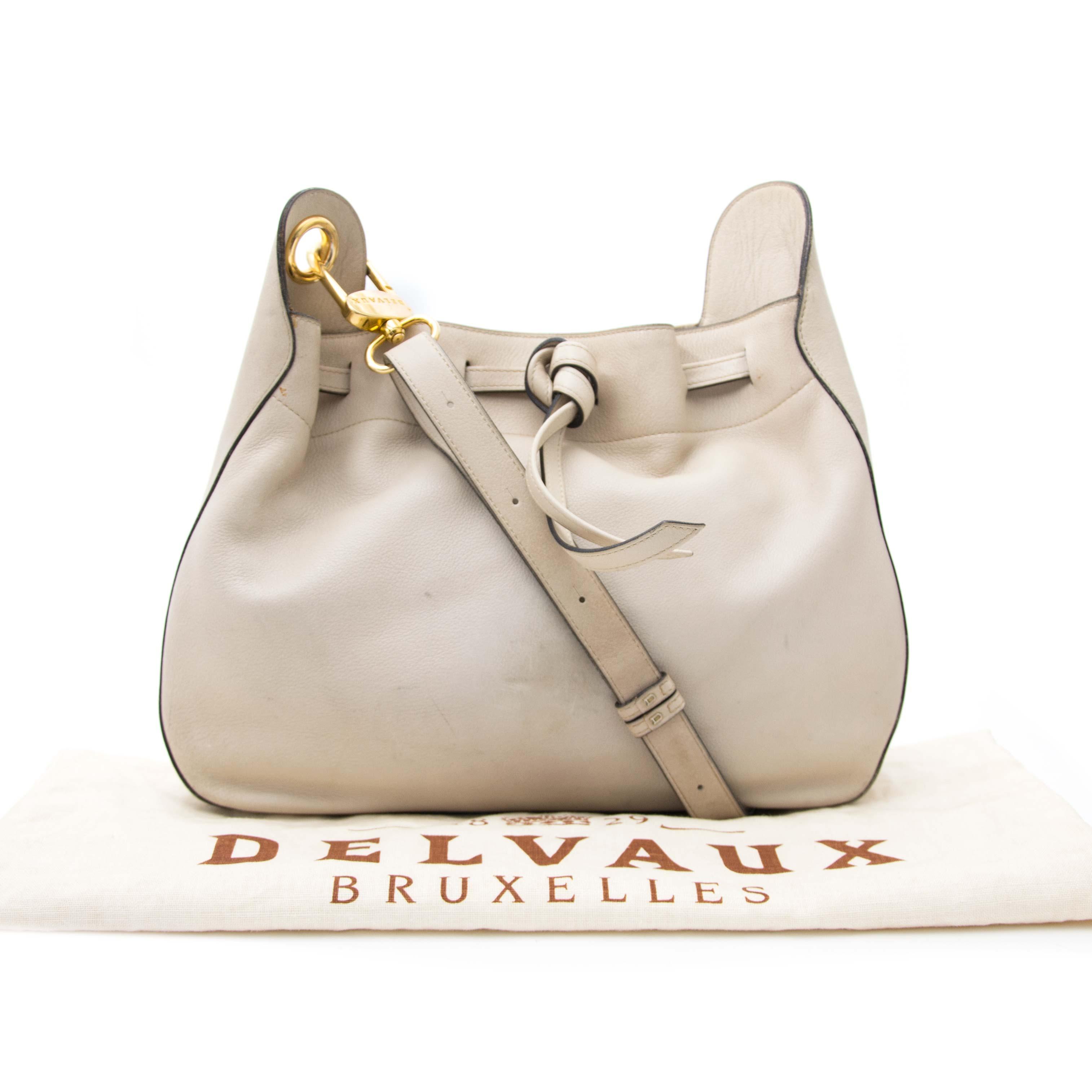 Preloved Delvaux Shoulderbag online for sale