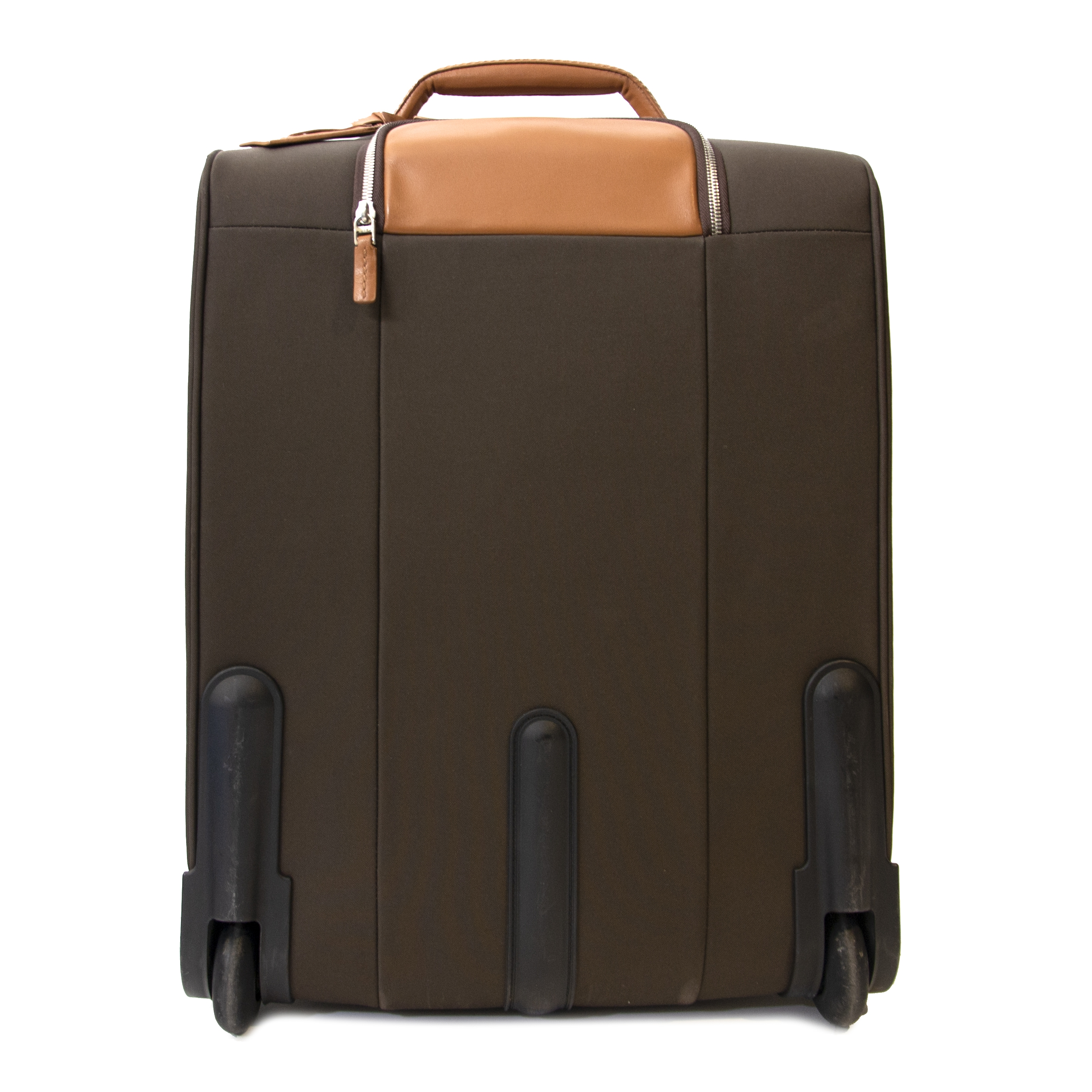 Buy Delvaux luggage at the right price at LabelLOV vintage webshop.